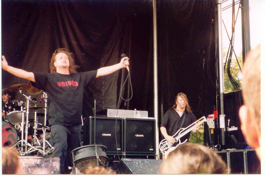 2003.08.19.SnakeandPiggy