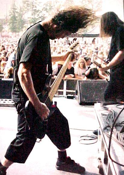 2003.08.22.jasonbanging